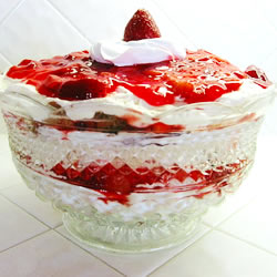 Cream And Strawberries And Blueberry Cake  Inch